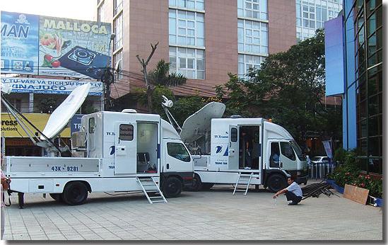 2 SNG trucks